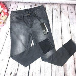 🔥NWT🔥 1822 Denim ankle skinny jeans. Sz 4